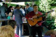 Zingende Spaanse flamenco gitarist