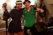 zangeres toetsenist duo
