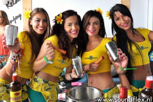 Groepsfoto van Cocktailgirls - de Cocktailbar met girls en show