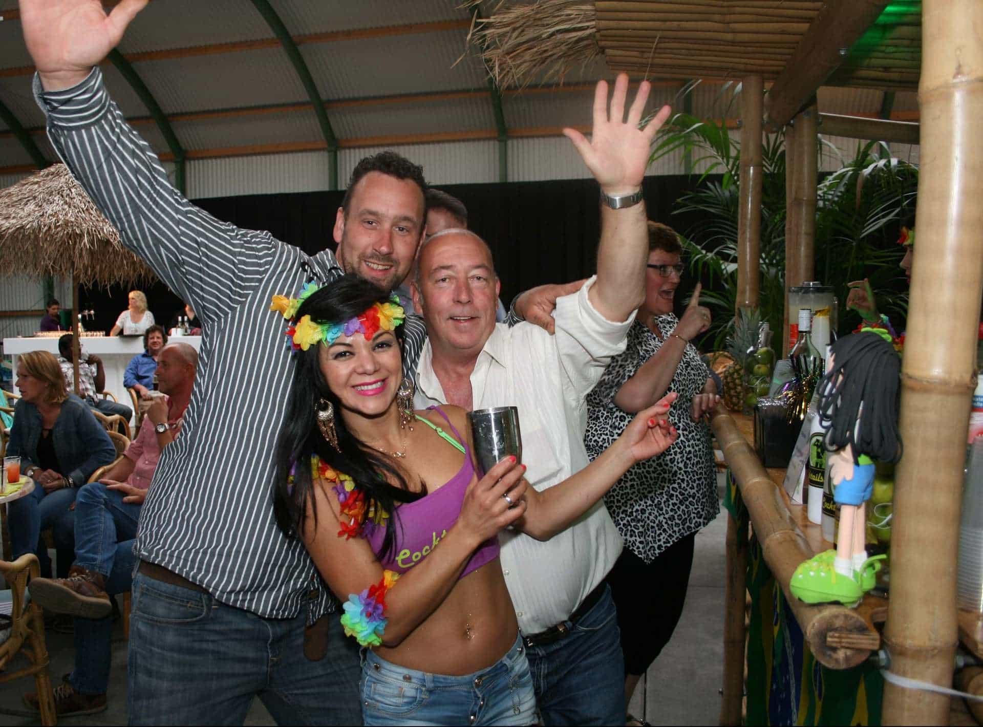 cocktail show gezellig met het publiek