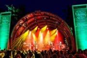 Caribbean Boys band live op donderdag meppeldag Caribbean Night