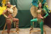 Braziliaanse danseressen in verenkostuums