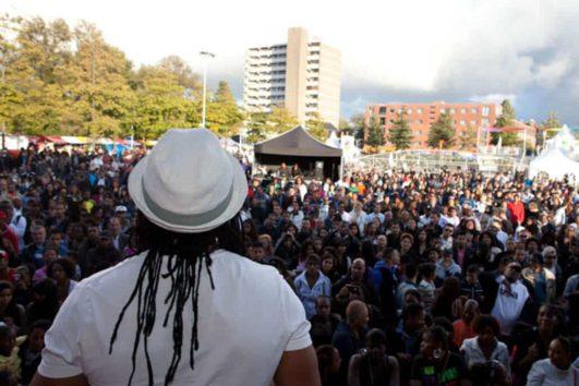 La Fiesta op festival